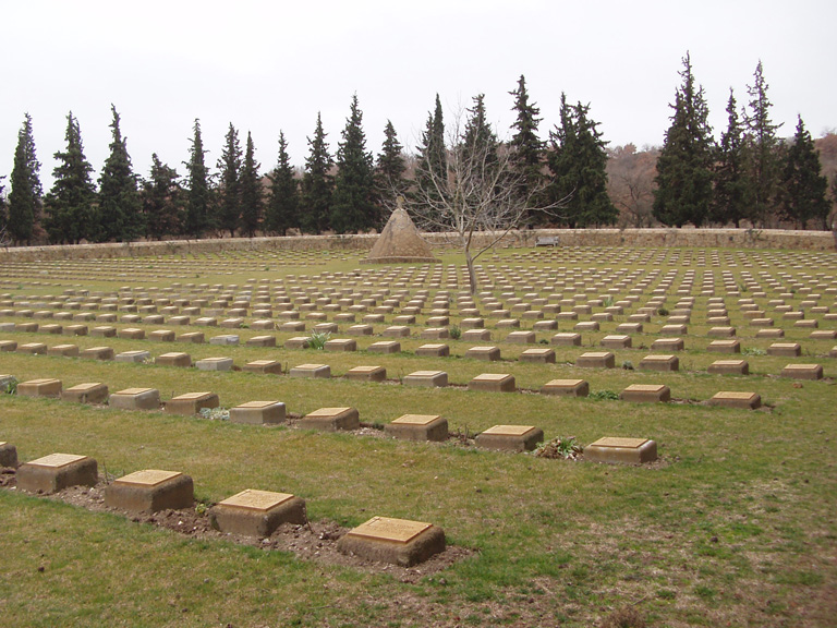 Συμμαχικό νεκροταφείο στη Λίμνη της Δοϊράνης.