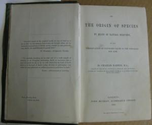 Κάρολος Δαρβίνος, The Origin of Species by Means of Natural Selection, 1η έκδοση, Λονδίνο 1859.